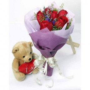 Half Dozen Roses With Small Bear
