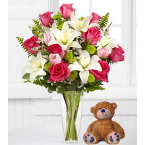 Hugs From Far Away (15 Roses + Teddy Bear (Glass Vase)Us)