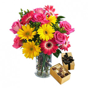 I Love You (6 Gerberas+9 Roses+Chocolatesus)