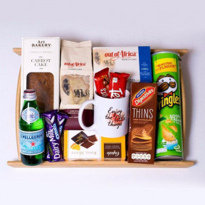 Banquet Of Treats Gift Hamper