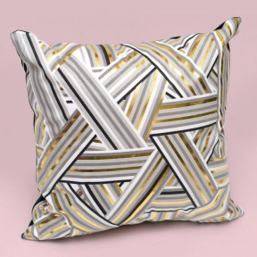 Hosl Triangular Pattern Decorative Pillow Case