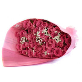 Exclusive Pink Rose Arrangement