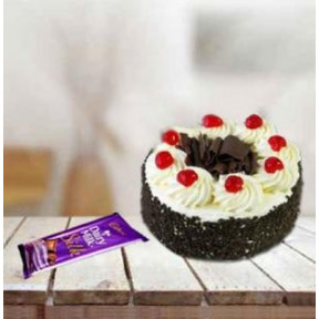 Cake And Chocolate Combo (1/2 Kg Blackforest Cake & 3 Cadbury Silk Bars(150 gms))