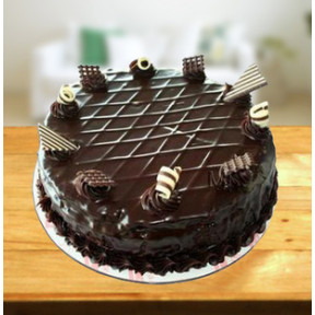Exclusive Garnished Chocolate Cake (1 Kg Exclusive Garnished Chocolate Cake)