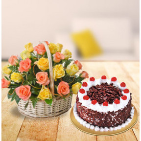 Mixed Roses Basket With Cake (12 Mixed Roses,1 Kg Blackforest Cake)