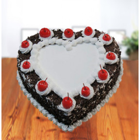 Black Forest - Heart Shaped (1 Kg Cake)