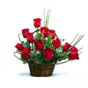 Red Roses In Basket (18 Roses)
