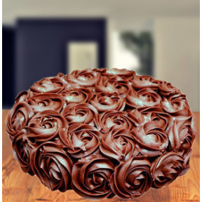 Chocolate Roses Ombre Cake (Chocolate Roses Ombre Cake 1.5 Kg)