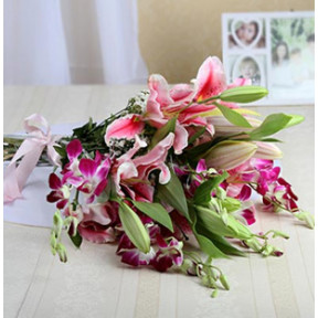 Bunch Of Style With Lilies And Orchids