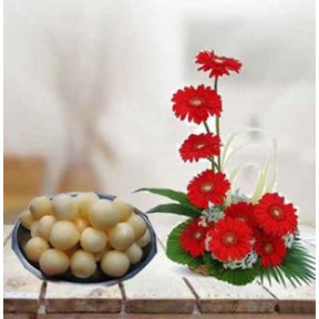 Gerbera With Sweets (18 Gerbera with 500 GMs Rasgulla)