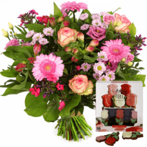 Bouquet of roses + chocolates (Medium)