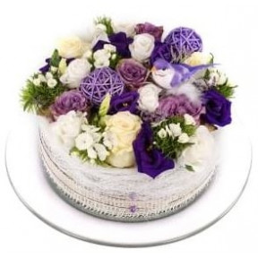 White purple flowers cake (Small)