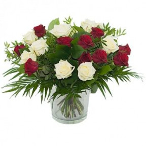 Bouquet Of Red And White Roses (Standard)