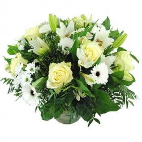 Luxury Bouquet Of White Flowers (Medium)