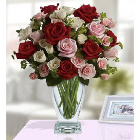 Silent Love (20 Red ,20 Pink And 20 White Roses)