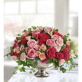 Tender Tribute Roses (Small)