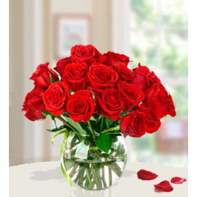 Surprise The Lady (15 Red Roses)