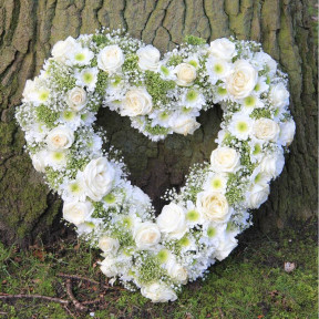 White Mourning Heart