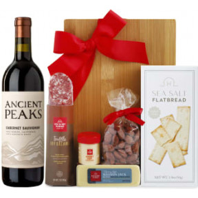 90 Point Cabernet & Cheese Board Gift Set