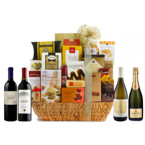 Point Grand Gourmet Wine Gift Basket 90