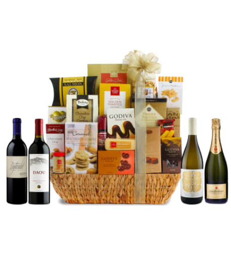 90 Point Grand Gourmet Wine Gift Basket
