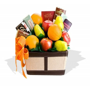 Fruit And Chocolates Gift Hamper