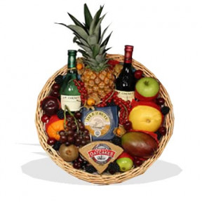 Fruit Tray With Wine Cheese And Oatcakes