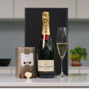 Moet & Chandon Champagne with Butlers Chocolates