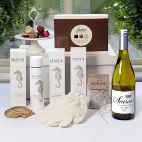 Ultimate Relaxation with Wine Pamper Gift