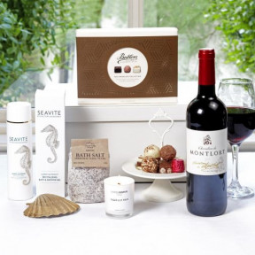 Luxury Pamper Hamper with Wine