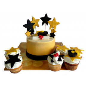 Graduation Cake Or Cupcakes (Six inch )