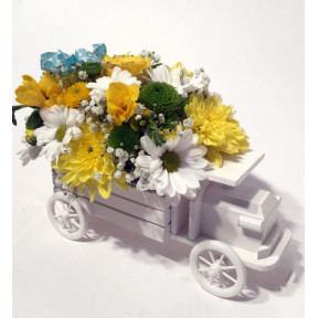 Flower arrangement Pram with pink flowers