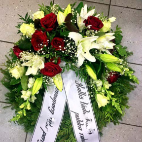 Wreath with white Lilys, red and white Roses