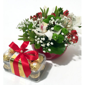 Arrangement of Orchid flowers and Ferrero Rocher (Premium)