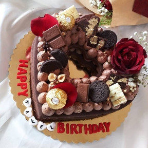 Birthday Chocolate And Roses Heart Cake
