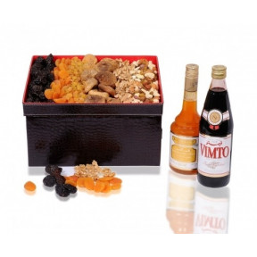 Dried Fruits And Nuts Gift Hamper