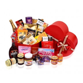 Extra Large Heart Gift Hamper