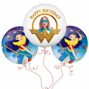 Wonder Woman Balloon Bouquet