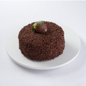 Brigadeiro Cake With Strawberry (1 Kg)