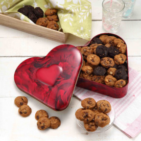 Red Heart Tin 330G