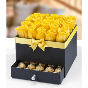 Box With 25 Yellow Roses And Surprise Drawer With Ferrero
