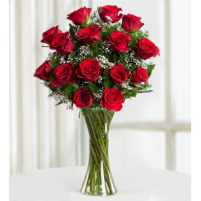 15 Red Roses- The Magic Of Love