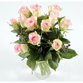 A bouquet of roses-2