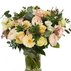 Send Bouquet Indescribable Love Blombud