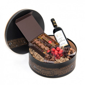 Irresistible With Chocolates And Wine (12 NUMBER OF CHOCOLATES)