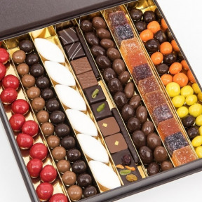 Box Of 145 Confectionery