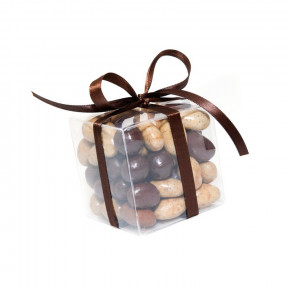 Almonds With 3 Chocolates (250G)