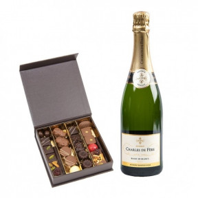 Chocolates And Sparkling Premium (25 NUMBER OF CHOCOLATES)