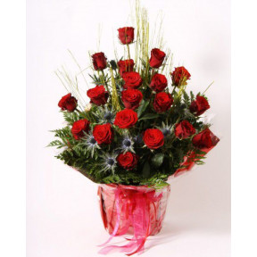 Arrangements of red roses (Large)