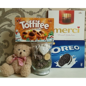 Soft Toy Teddy Bear With Sweet Chocolate Set